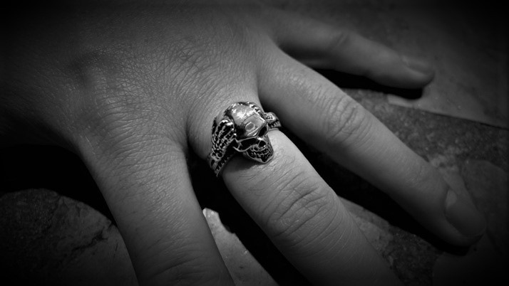 Kamikaze Skull Ring