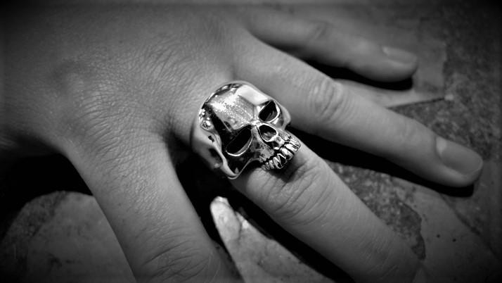 Large Evil Skull ring