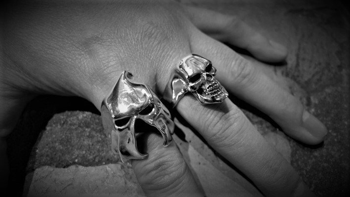 Gallows Skull ring