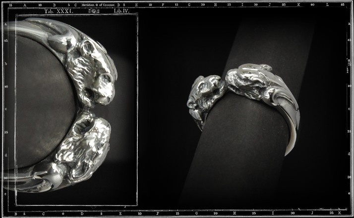 Two tiger heads ring