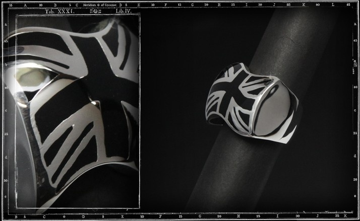 Union jack ring (black enamel)