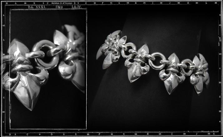 3d fleur de lys bracelet