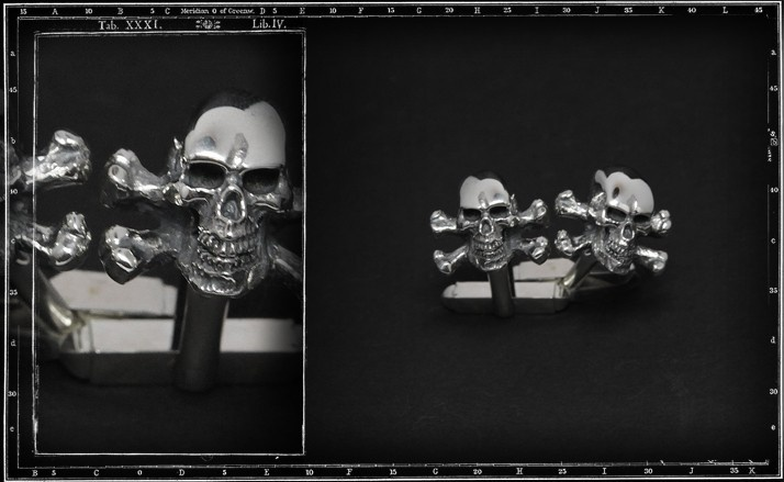 Skull and crossbones 3D cufflinks
