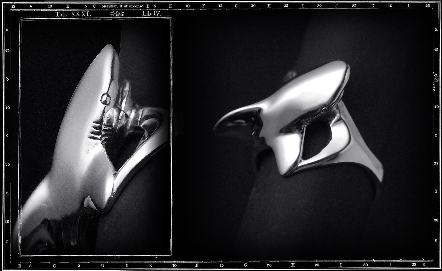 SHARK (WHOLEBODY) RING