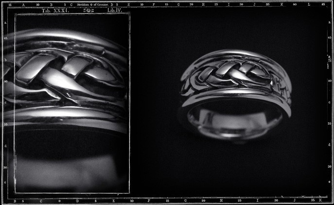 HIGH DOME CELTIC RING (Large)