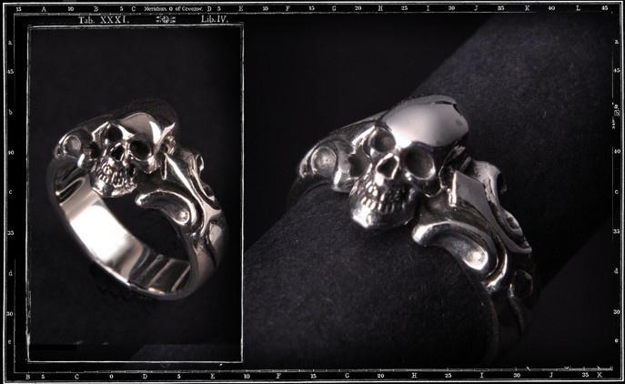 Tudor One Skull ring
