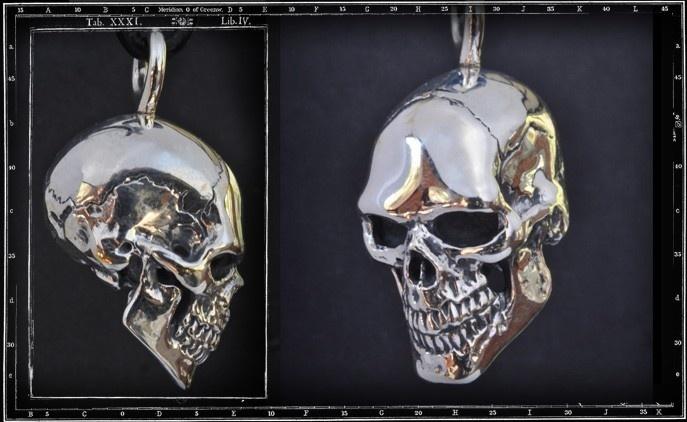 Solid Skull Pendant