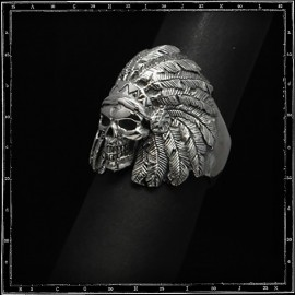 Wounded knee skull ring