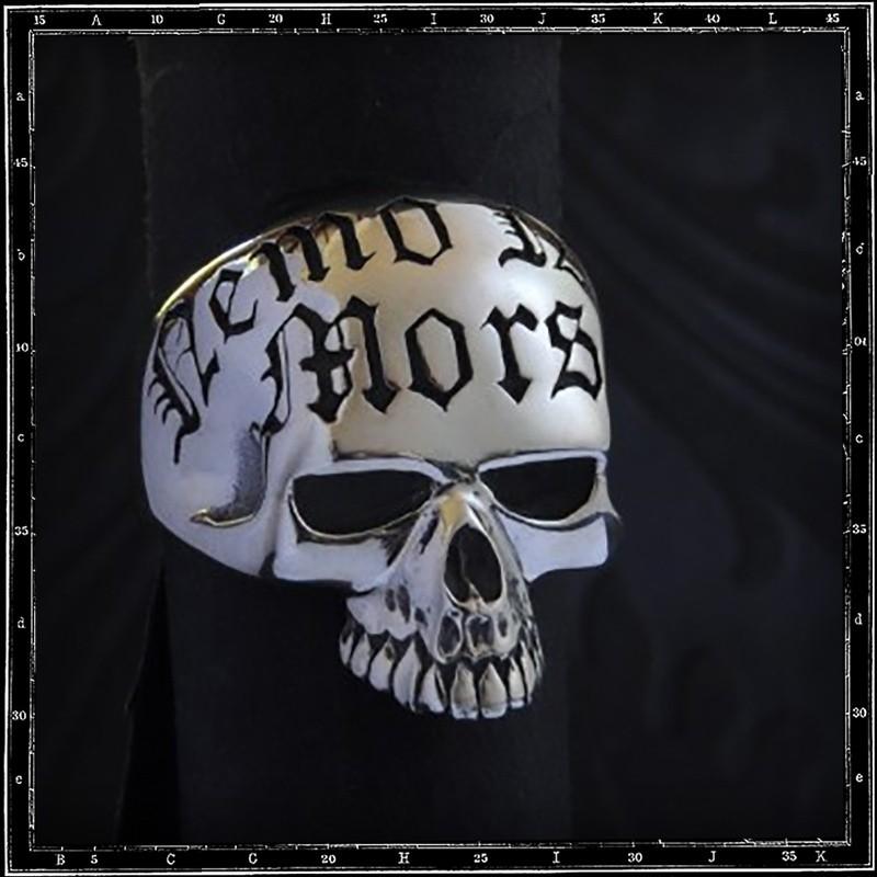 Nemo Nisi Mors Skull ring