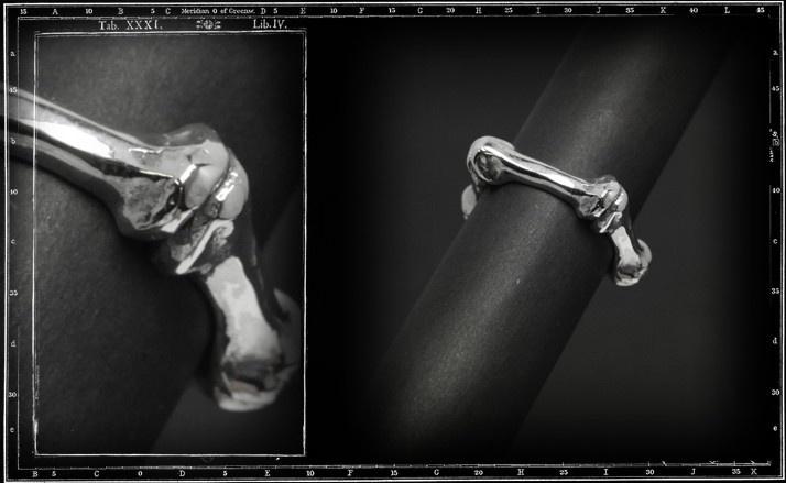 Bones ring 1 (large)