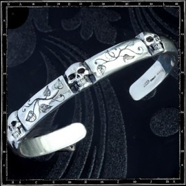 Narrow 3 skulls & leaves bracelet