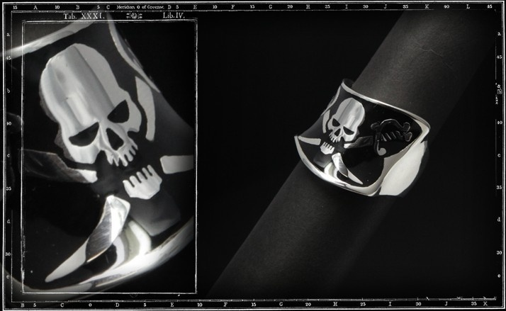 Pirate flag ring