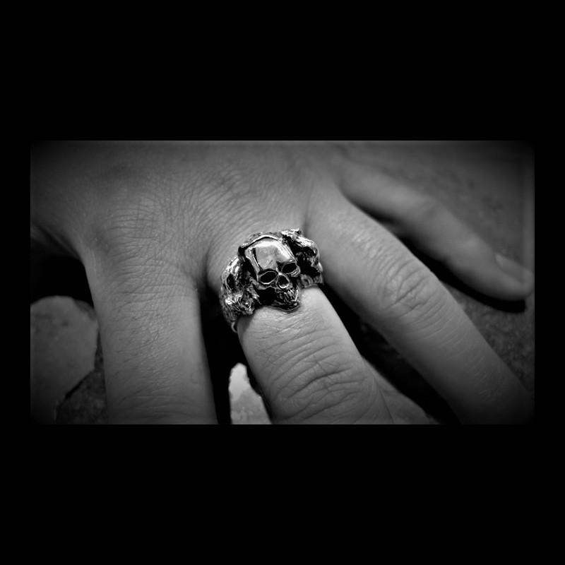 Rest in Peace (RIP) Skull Ring