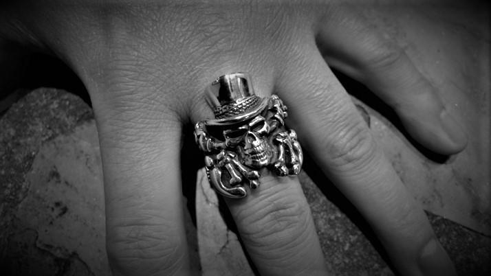 Crazy Pig Mascot Gomez Skull Ring