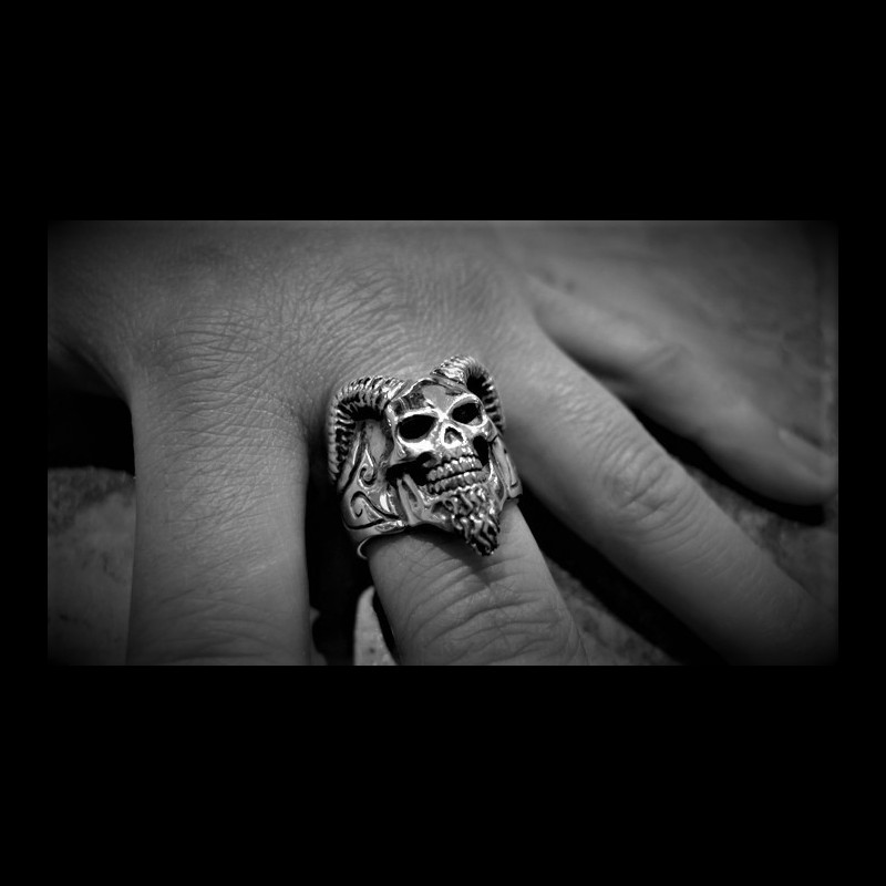 Sabbath Skull ring