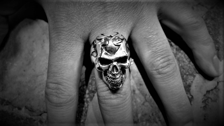 Tribal skull ring