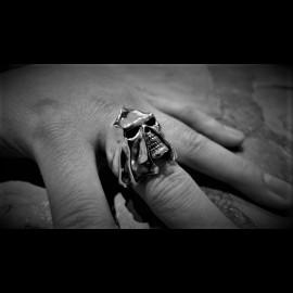 Gallows Skull ring