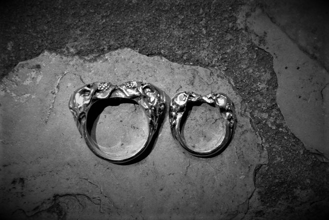 Jumbo Two Skull Tudor Skull Ring