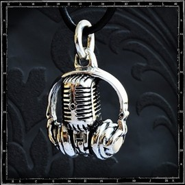 Radio Ga Ga Headphone & Mic Pendant
