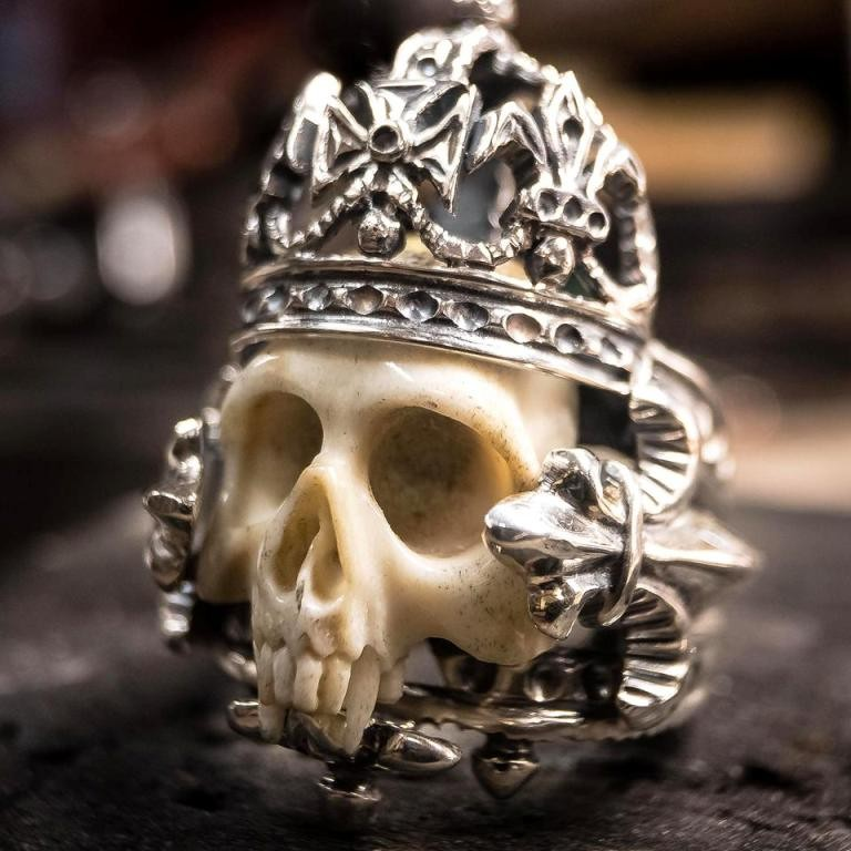 Collectors Series - The Crown Skull Ring