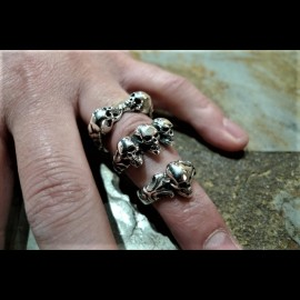 Tudor One Skull ring