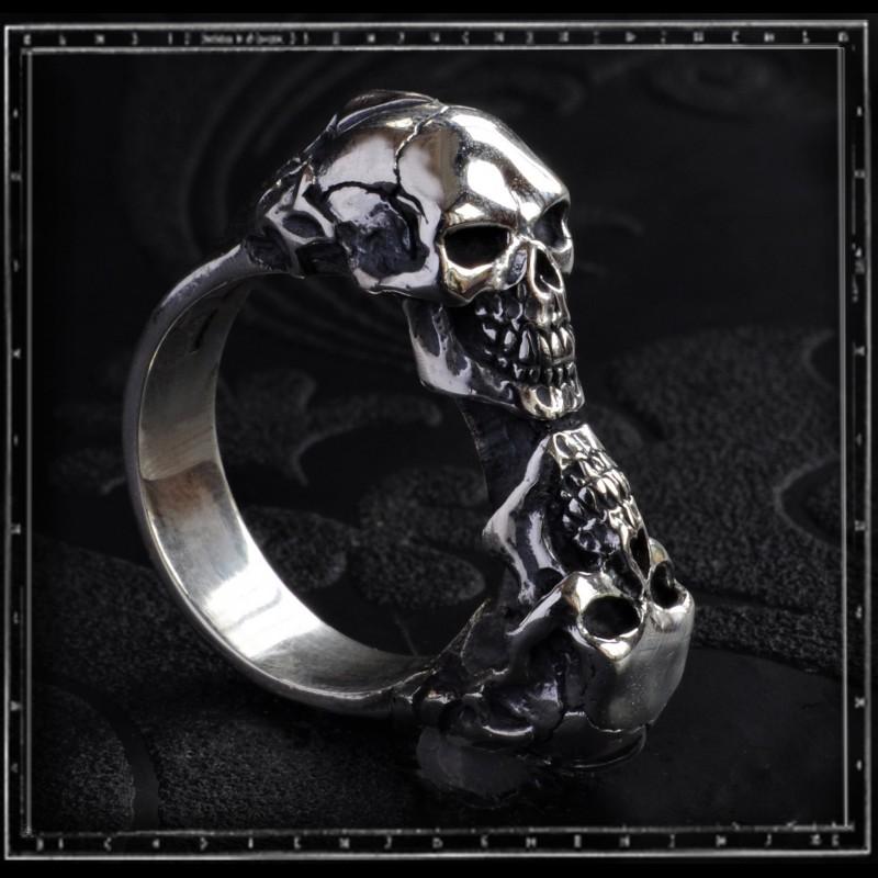 Jumbo Two Skull Tudor Skull Ring