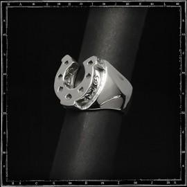 Horseshoe ring (small)