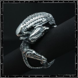 Alien ring whole body ring
