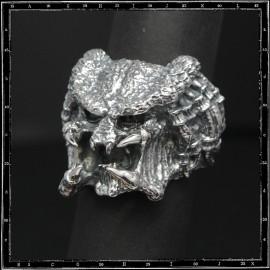 Predator ring
