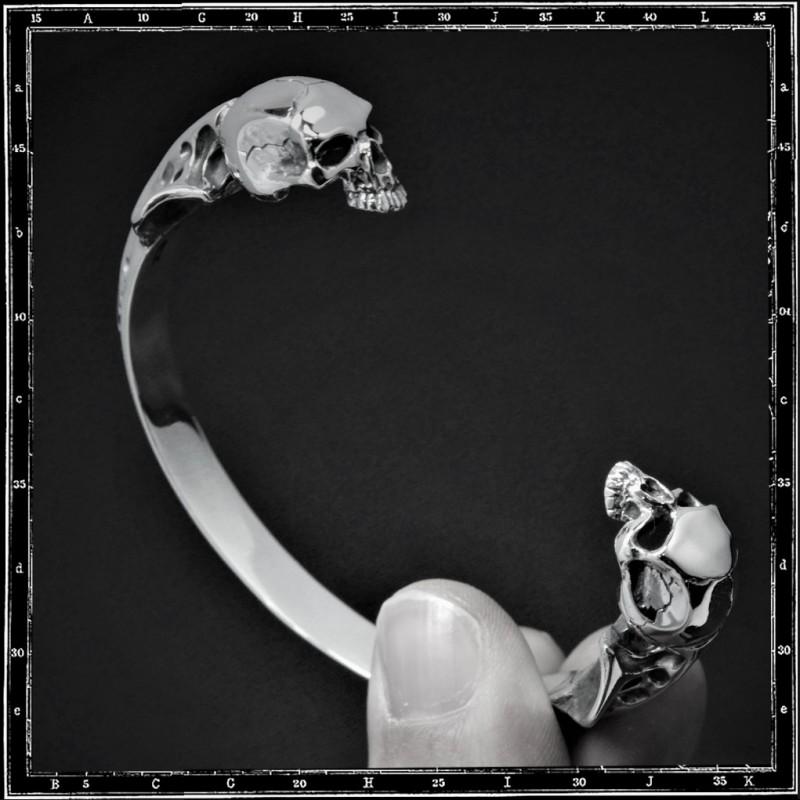 Two skulls bangle (small)