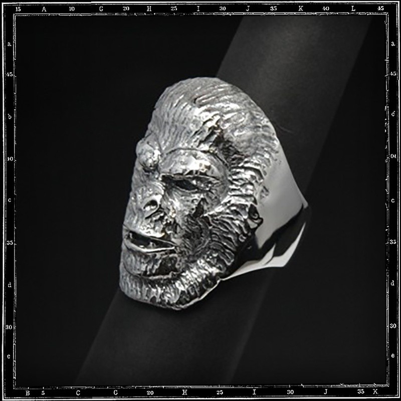 Planet of apes ring  3 guard