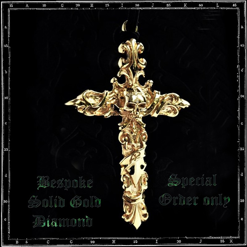 Versailles Cross pendant