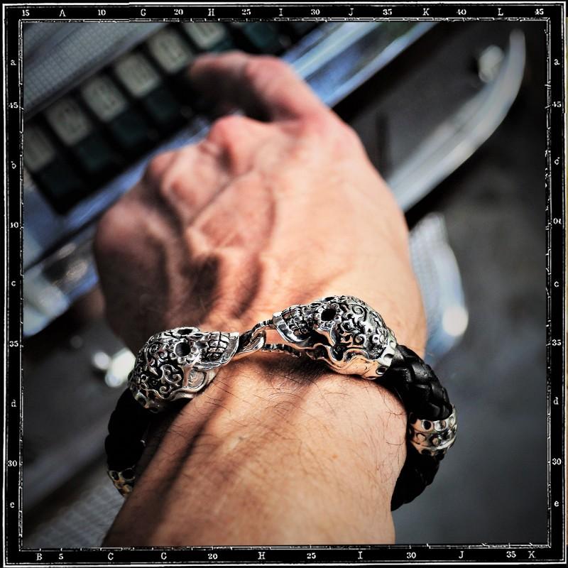 Dos Calaveras Skull Leather bracelet