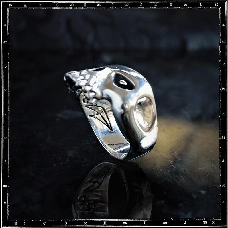 Chopped Skull Ring