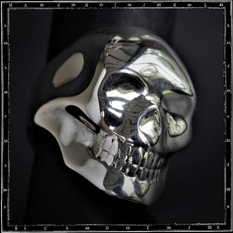 Ghost Skull ring