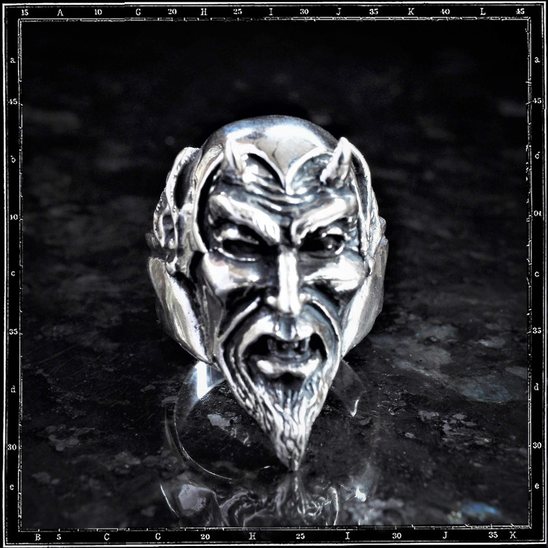 Devil's Head Ring