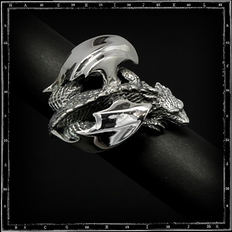Large 3D dragon body Ring