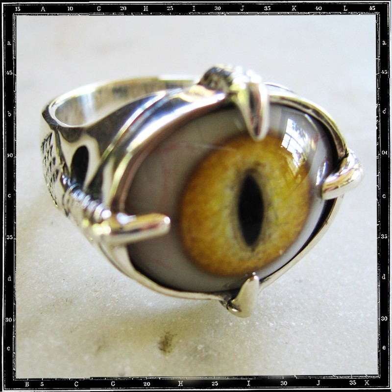 Four claws eye ring