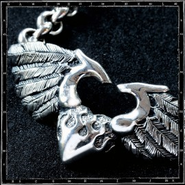 Large 3d heart & wings pendant