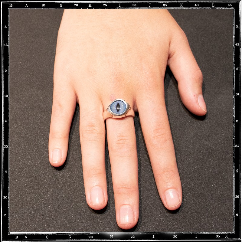 Small round eye ring