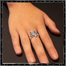 Sacred heart ring (small)