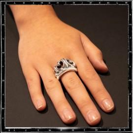Tudor crown ring