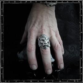 Lion head ring (GoT)