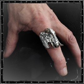 large elephant ring