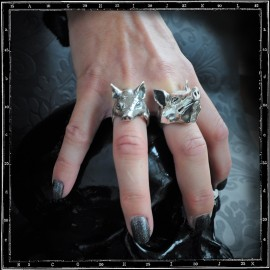Pig head ring small and large
