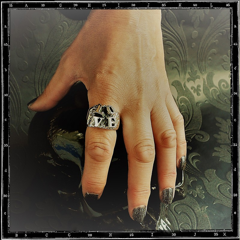 LOVE LETTERS RING