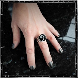 BASS CLEFF RING