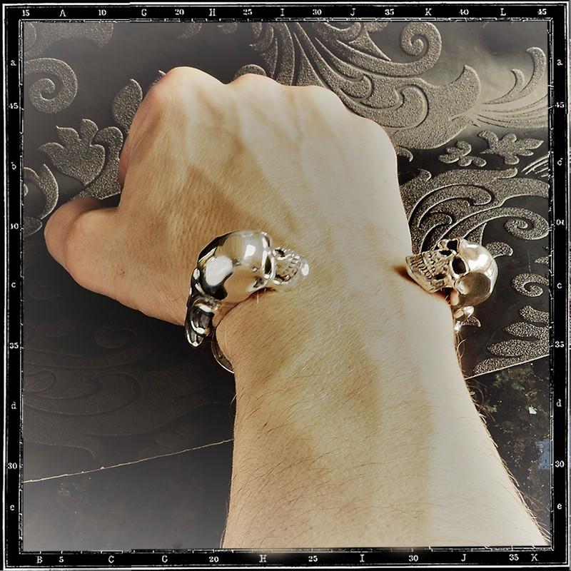 Two skulls bangle (heavy)