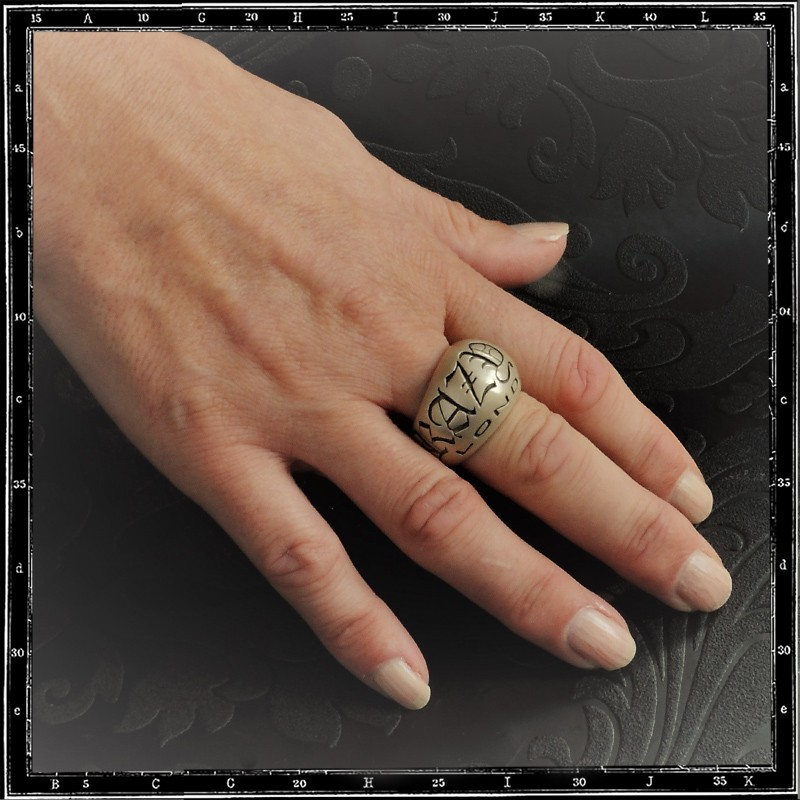 Gothic Crazy Pig  ring heavy D