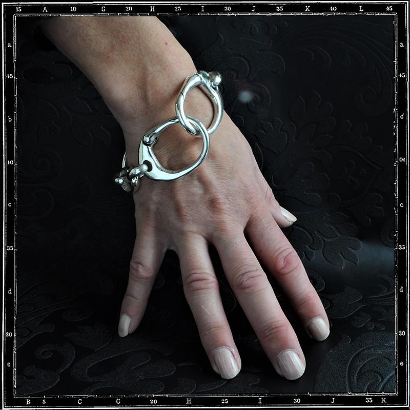 Handcuff bracelet (Large)